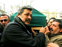 Kadir İnanır Ökten'in cenazesinde ağladı