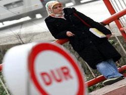 İstanbul Üniversitesi'nde başörtü rezaleti!