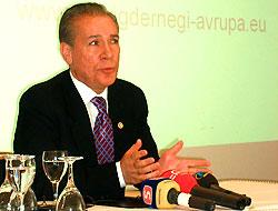 AKP'li İşbaşaran partisinden istifa etti