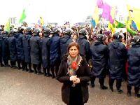 PKK gösterisinde Rûdaw ekibine saldırı
