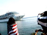 Küba'ya 40 yıl sonra ABD yolcu gemisi geldi