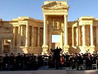 Rus orkestrası Palmira'da konser verdi
