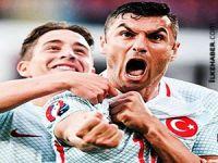 Burak Yılmaz'ın gol sevincine attığı tweetle fenomen oldu
