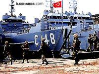 Foça Deniz Üssü'ne operasyon: 201 asker gözaltında