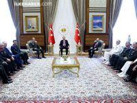 Cumhurbaşkanı Erdoğan YAŞ üyeleriyle görüştü