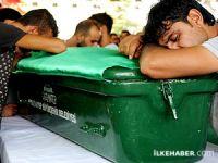 Katliamda yaşamını yitiren 33 kişi son yolculuğuna uğurlandı