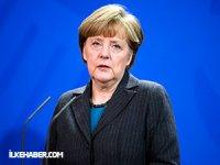 Merkel'den Türkiye'ye AGİT çağrısı