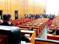 HDP'de tek kişilik grup toplantısı
