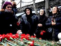 Cumartesi Annesi Asiye Karakoç son yolculuğuna uğurlandı