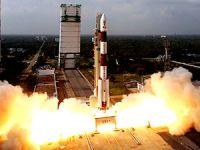 Hindistan tek roketle uzaya 104 uydu gönderdi