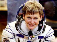 Kadın astronot uzayda rekor kırdı