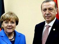 Erdoğan ile Merkel İncirlik'i görüştü