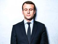 Fransa'da art arda istifalar