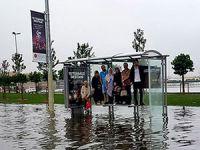 İstanbul yağmura teslim; trafik kilitlendi, araçlar mahsur kaldı