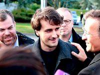 Serbest bırakılan Fransız gazeteci ülkesine döndü