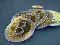 Bitcoin eridi: 6 bin doların altına indi