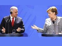 Yıldırım'dan Alman gazeteciye: Başka olayların fotoğrafları bunlar!