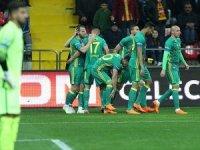 Fenerbahçe, Kayseri'de farklı kazandı: 5-0