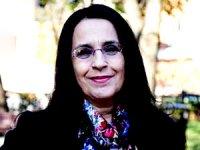 Ayşe Hür'e sosyal medya paylaşımından hapis cezası