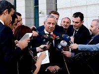 Arınç: AK Parti'ye zarar verecek hiçbir hareket içerisinde olmam