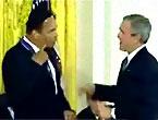 Muhammed Ali Bush'a ders verdi!